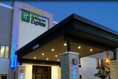 Hampton Inn Suites Tulsa Downtown